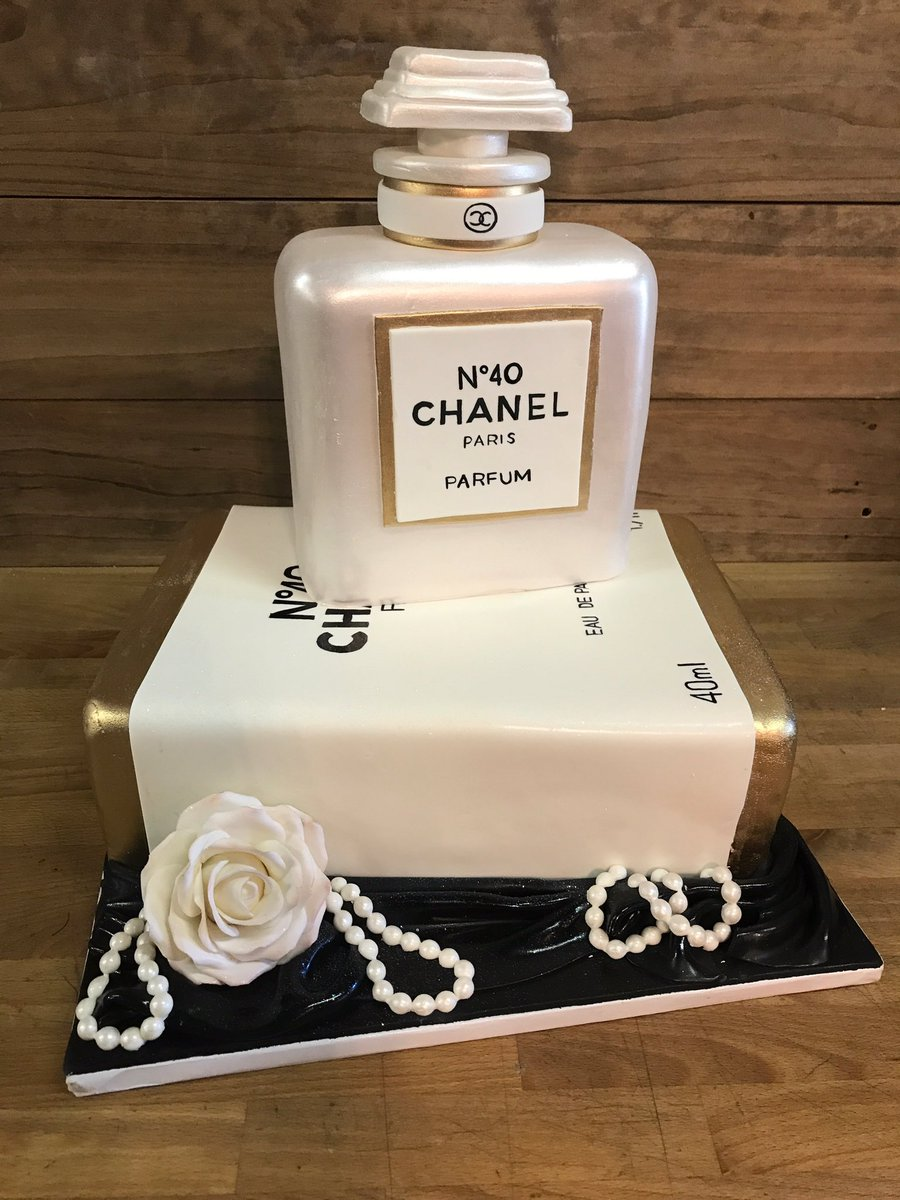 Sweet Ts Bakeshop On Twitter Chanelno5 Custom Cake For