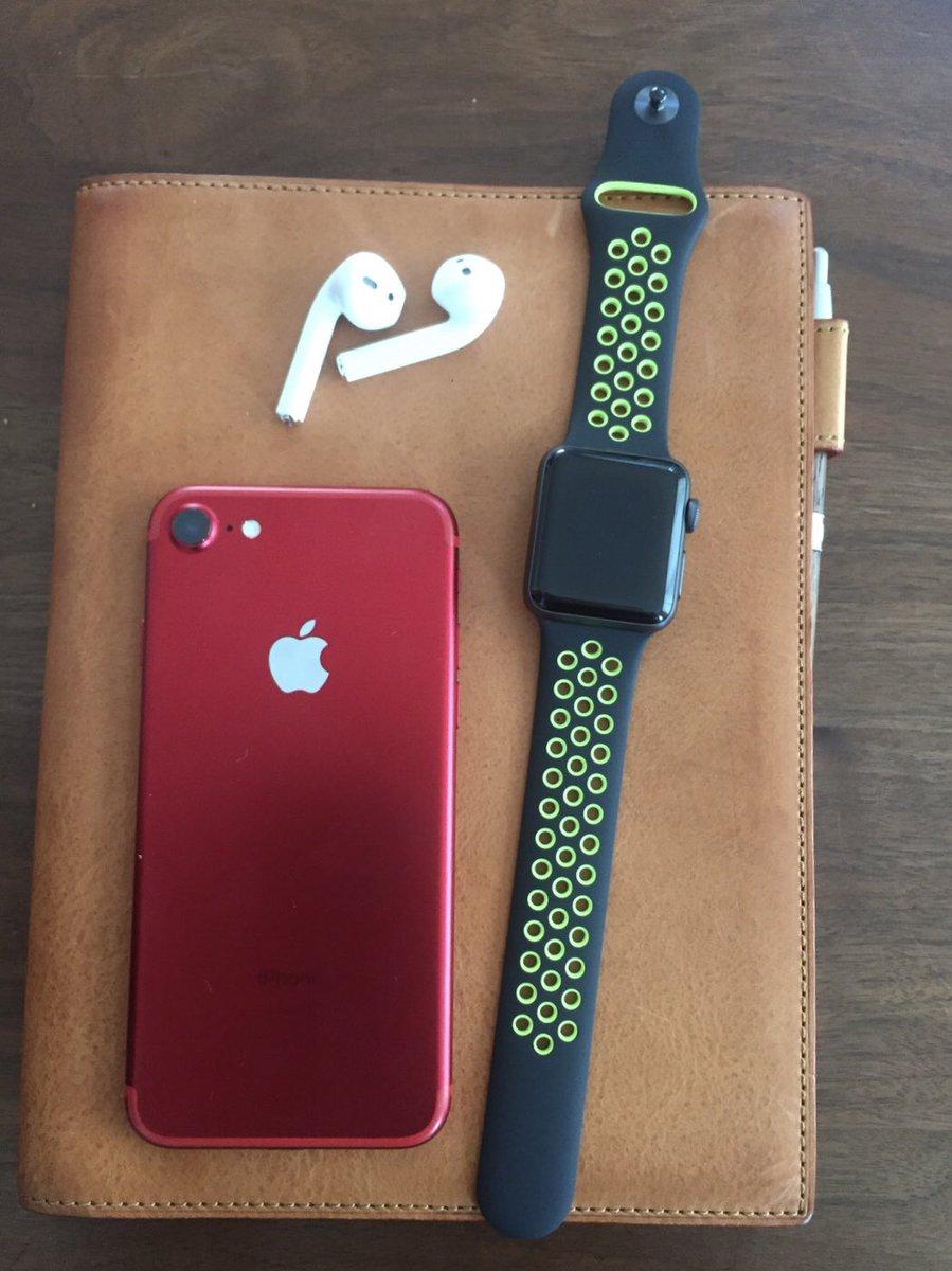 たびつばめ در توییتر Iphone7とapplewatch3とairpods購入記念にzaqの