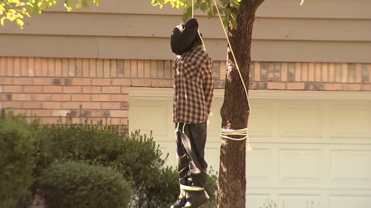 'Absolutely not okay': Hanging noose Halloween display angers neighbors https://t.co/CvdJLwEHcR