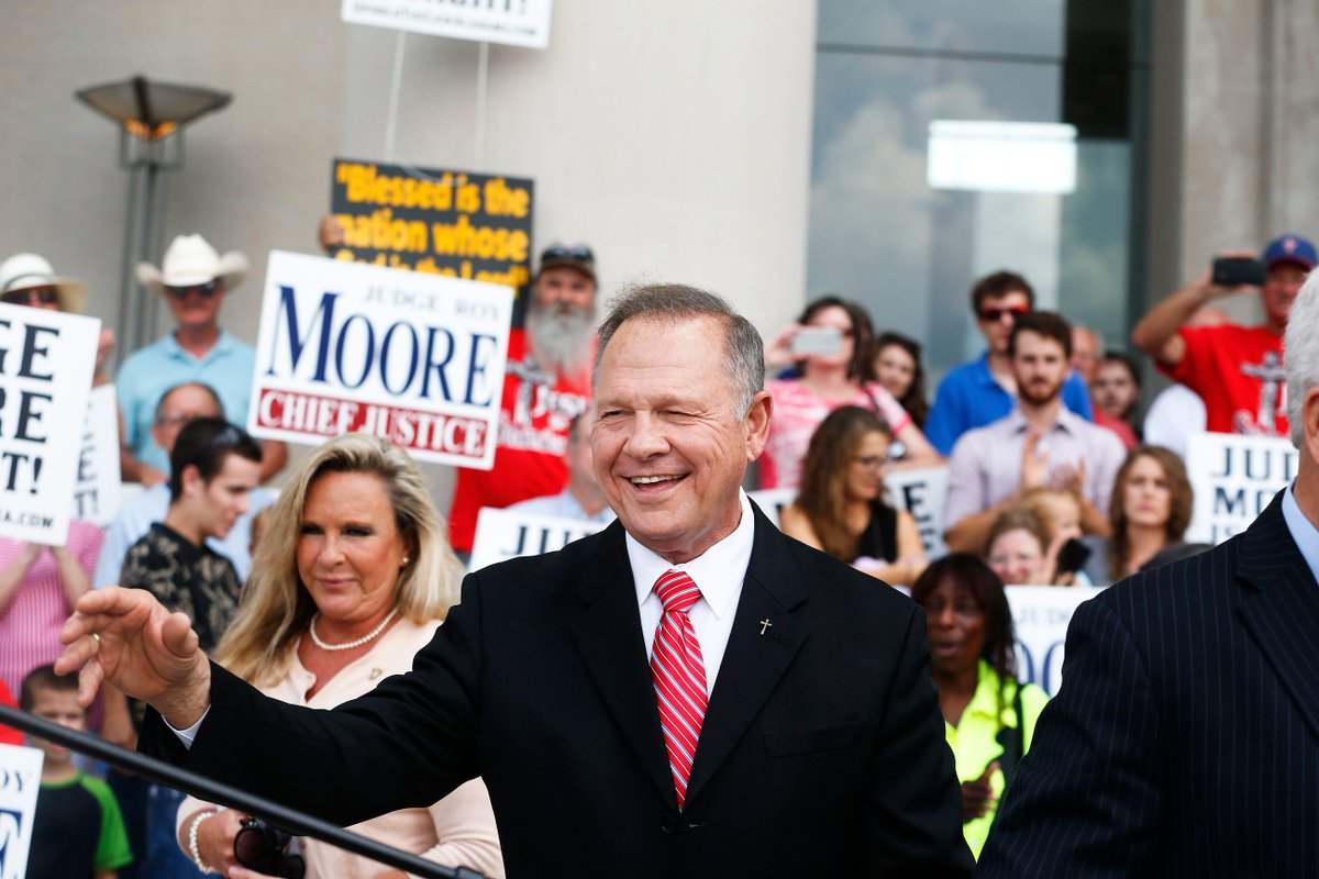 Roy Moore's Win is Mitch McConnell's (Not Donald Trump's) Loss https://t.co/7PKZxcbfv0