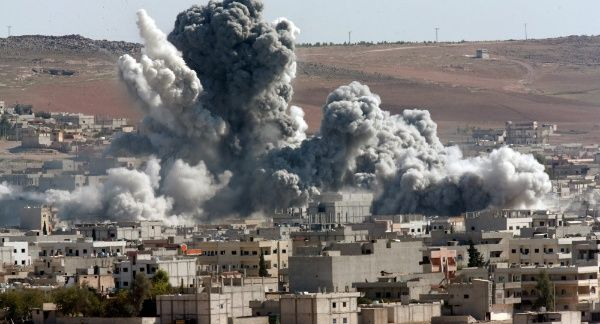 Guerra civil en Siria - Página 8 DKu58jVXoAEk3tz