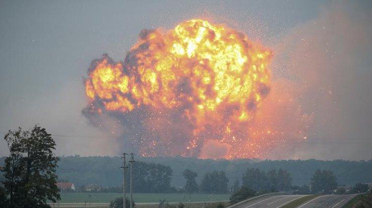 Одиночные взрывы в Калиновке продолжаются, но не угрожают населению: военные уже возвращаются в часть, - Генштаб ВСУ - Цензор.НЕТ 7862