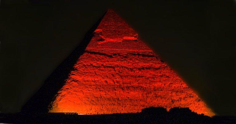 Egito antigo   Arqueólogo diz ter desvendado construção das pirâmides de Gizé https://t.co/kfW7MGWfss