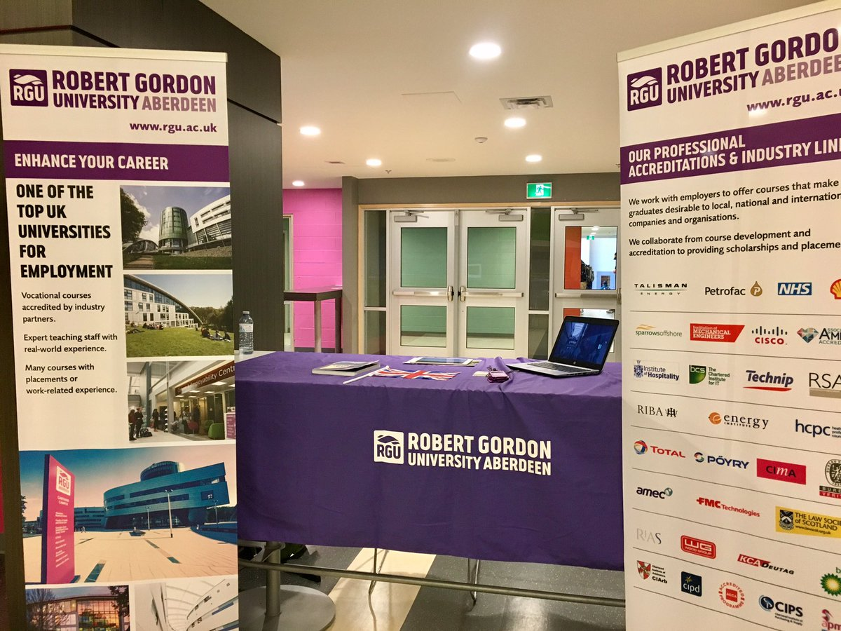 It was great to meet with @ColeHabourHigh students today! Please get in touch if u want 2 learn more about @RobertGordonUni #studyinscotland <br>http://pic.twitter.com/tuXWmBPSwI