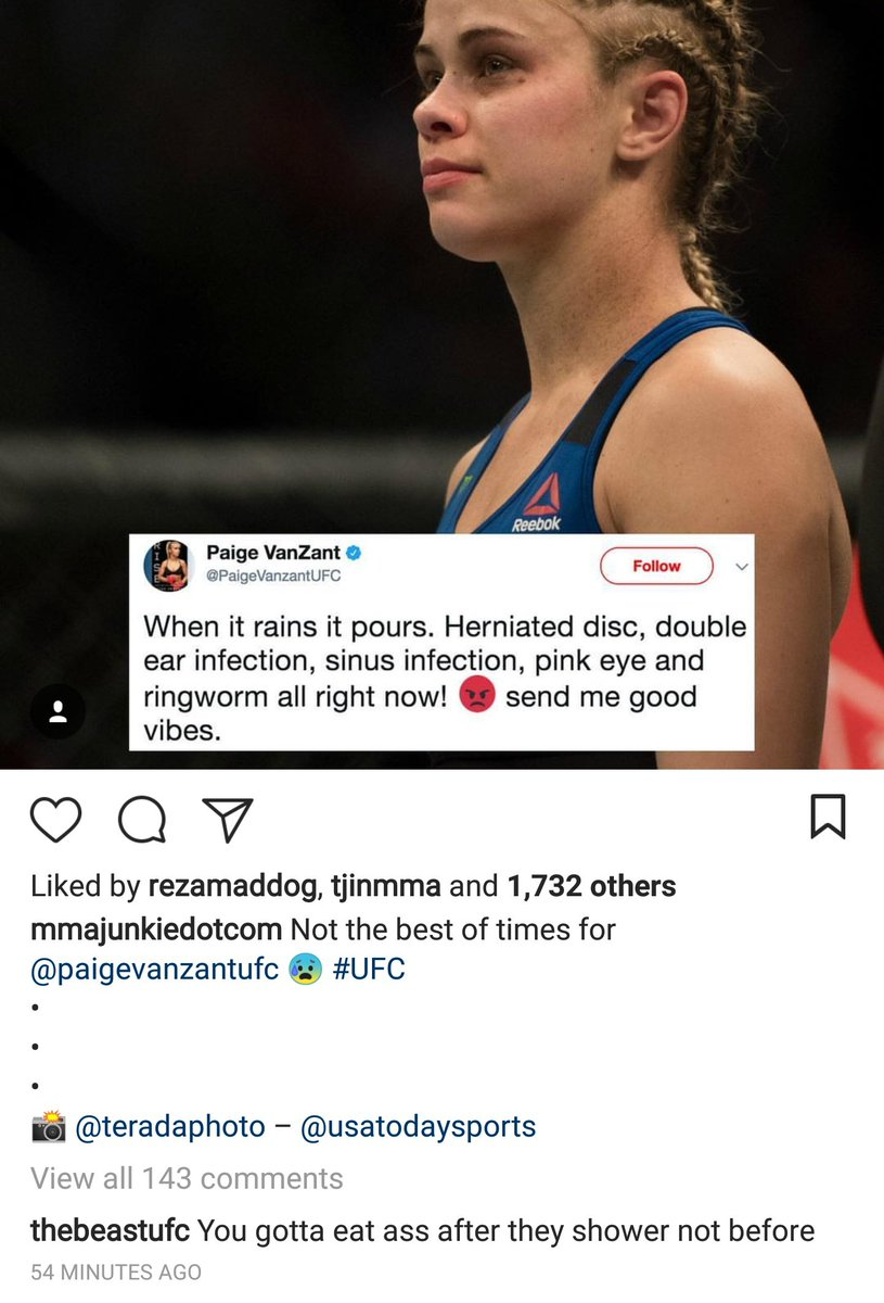 DKvkUWPXoAEKHn6 Pic: Derrick Lewis slides into the comment section, gives Paige VanZant tips on how to eat ass