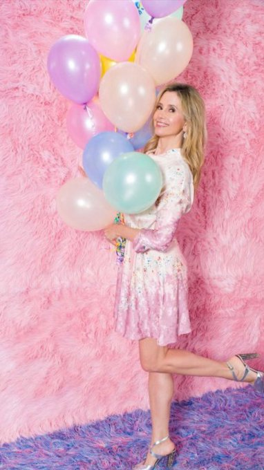 Happy 50th Birthday Mira Sorvino...star of two of my fave films Romy and Michele and Mighty Aphrodite