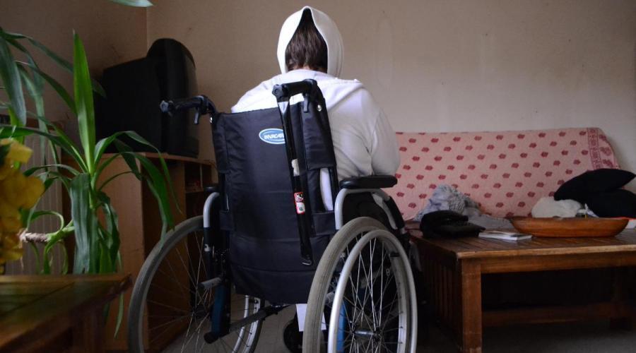 edf coupe le courant la cliente handicap e ne peut plus utiliser son fauteuil lectrique. Black Bedroom Furniture Sets. Home Design Ideas