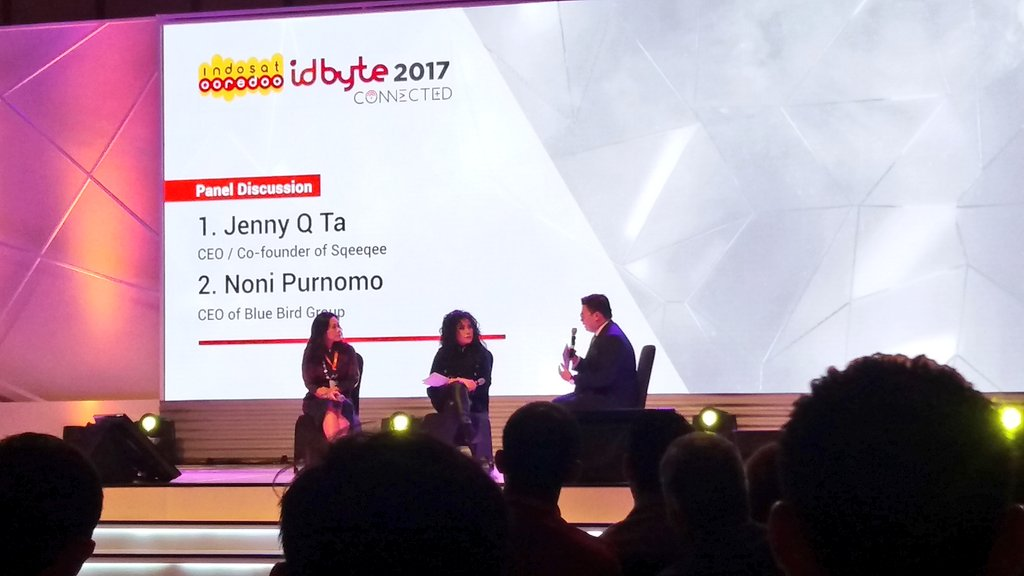 Noni, CEO @Bluebirdgroup: Women need to be involved whether in Industry, Enterpreneur, or Corpt&#39;n. Women see things differently #IDByte2017 <br>http://pic.twitter.com/8sxqIisouW