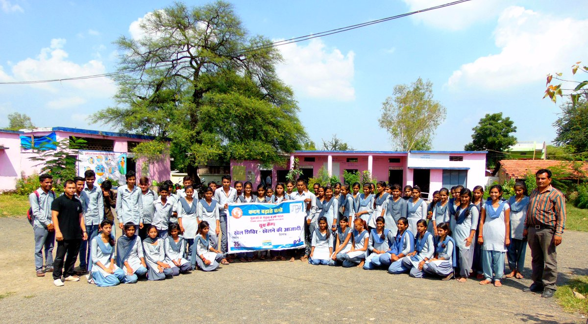 #KadamBadhateChalo successfully launched in Panna &amp; Sehore, MP to 263 youth (117G; 146B) through #FreedomToPlay sports camps <br>http://pic.twitter.com/xvIHTaH8b7