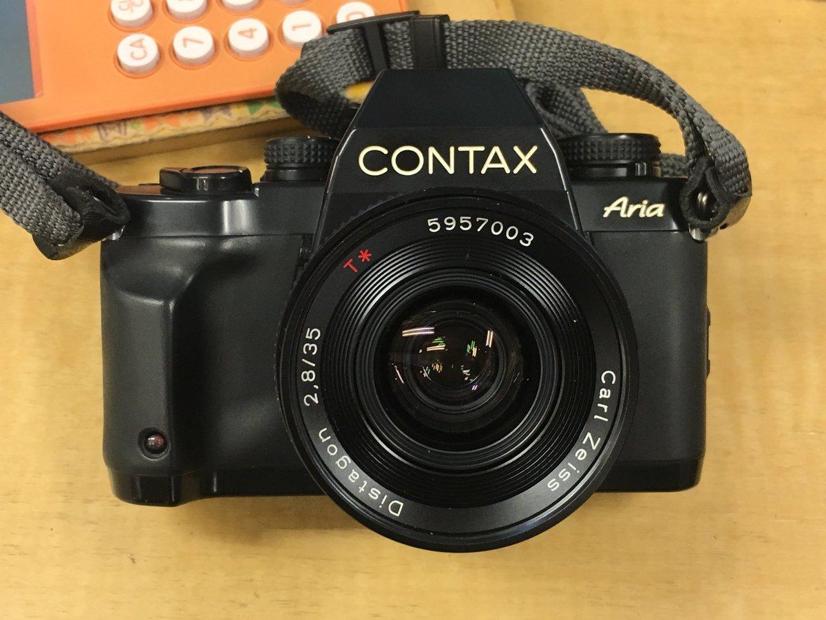 大人気のCONTAX Ariaと Carl Zeiss Distagon 35mm F2.8のセットです!  正常に動きます!ストラップ付き!  お値段56000円!