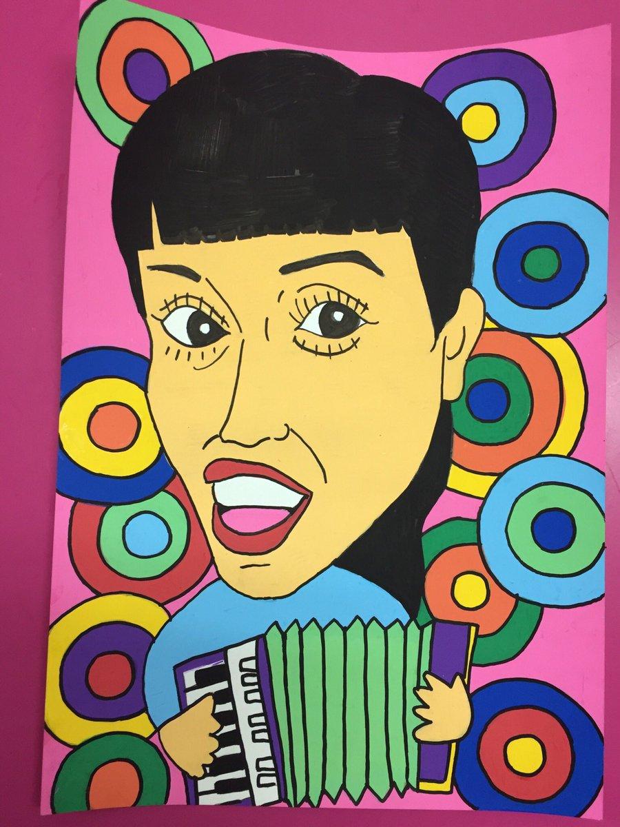 どなたさ〜ん⁉️小春さ〜ん‼️  チャラン・ポ・ランタンの小春ちゃんを描いた❤️ 今宵はソワレちゃんとWママ(@新宿ゴールデン街 ソワレ)ですって❤️今頃はファンの方々でにぎやかでしょ〜ね❤️って、激混みでしょ〜ね❤️😝😜😘