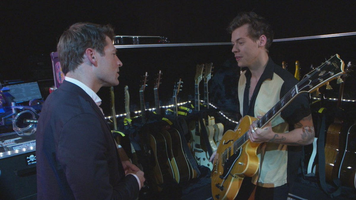 """.@Harry_Styles says, """"I don't know the answers... I'm just kind of figuring it out."""" on @CBSSunday 2moro at 8! https://t.co/WrsrblCGpG"""