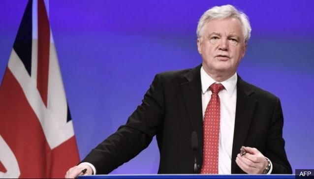 David Davis said 'Heaven and earth' will be moved by UK and EU to protect the Good Friday peace agreement #bbcqt https://t.co/UDCpz7iRMn