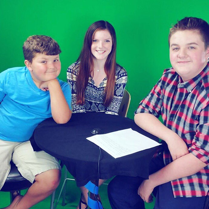 #tbt to being on #Between2PhatKids and interviewing @Dancing_Tbird from #DanceMoms! #interview <br>http://pic.twitter.com/qnRRg15uNL