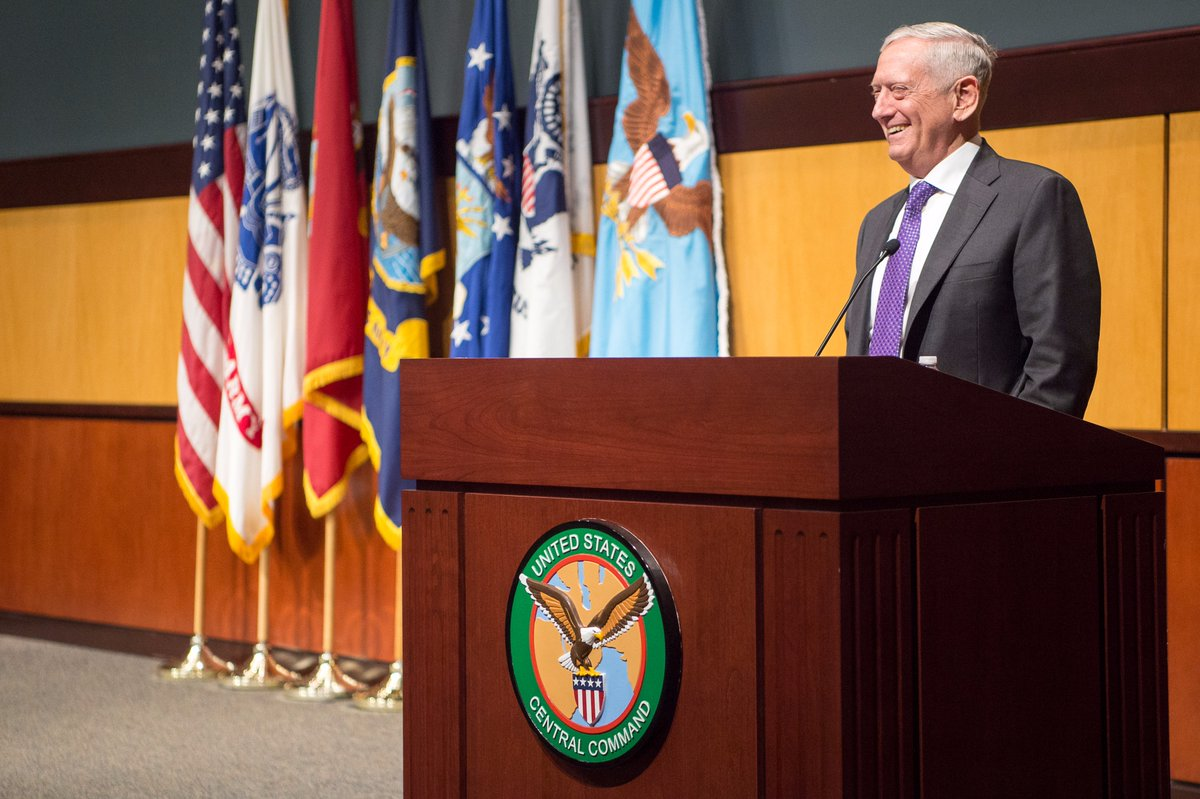 #SecDef Mattis met today at @MacDill_AFB with leadership from @CENTCOM and @USSOCOM. For more on his travel:  https:// go.usa.gov/xna5E  &nbsp;  <br>http://pic.twitter.com/4beaRPcApx