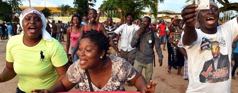 (Le Temps) #George#Weah et Joseph Boakai en tête de la présidentielle au Liberia :..  https://www. titrespresse.com/12715501709/ge orge-weah-joseph-boakai-liberia-presidentielle  … pic.twitter.com/5jLpQgiKFA