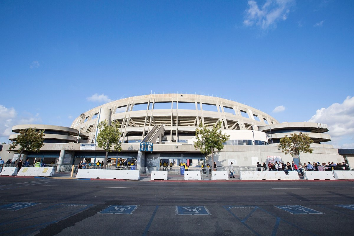 Wildfires Could Move Raiders Chargers Game To San Diego