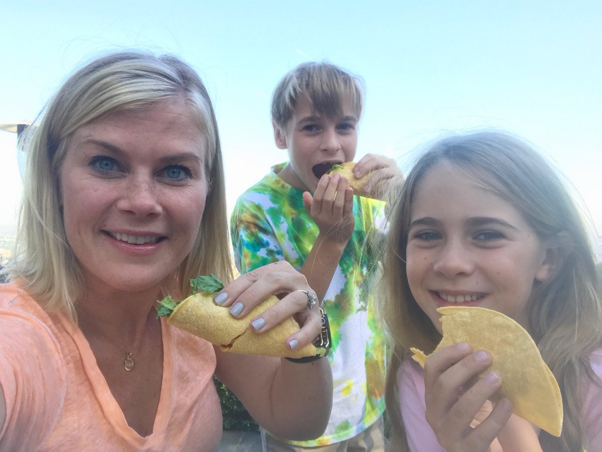 """Alison Sweeney Family Pictures alison sweeney on twitter: """"so happy to be back at home with"""
