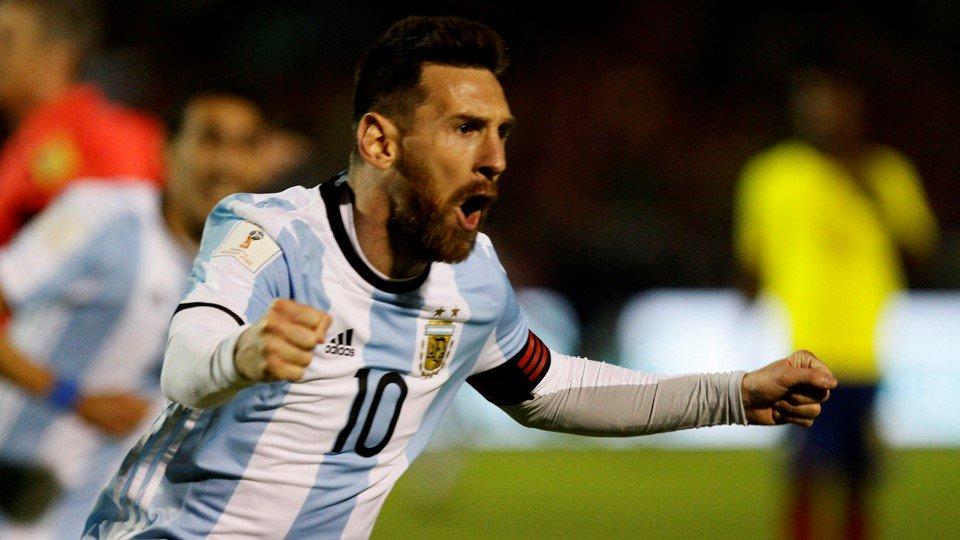 👑 #Messi ⚽️⚽️⚽️ = Argentina 🛫🛬 #Russia20...