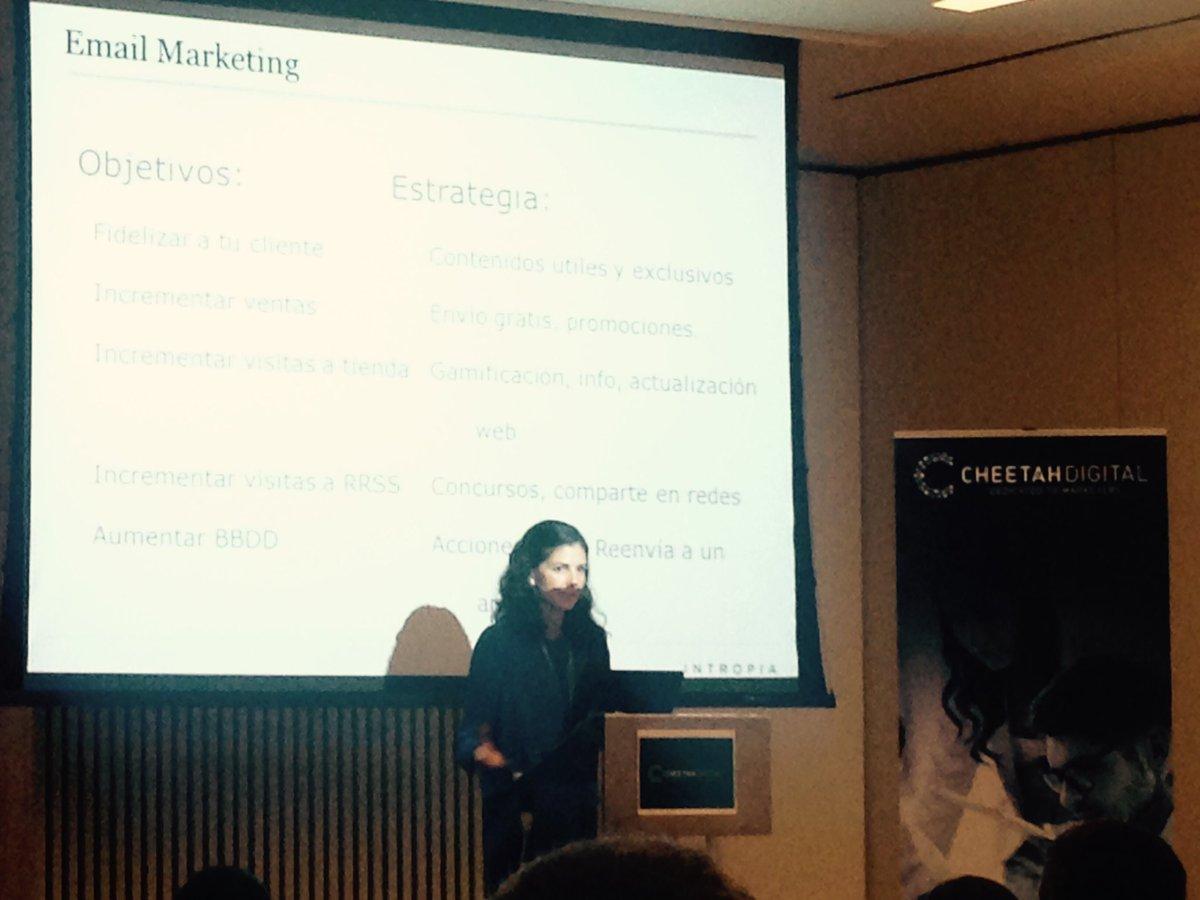 #PlanMarketing #EmailMarketing @Intropia @Beatriz_Tomey fundamental la personalización, generación de experiencia y cercanía @CheetahDig_ES https://t.co/h8SaTbqDgX