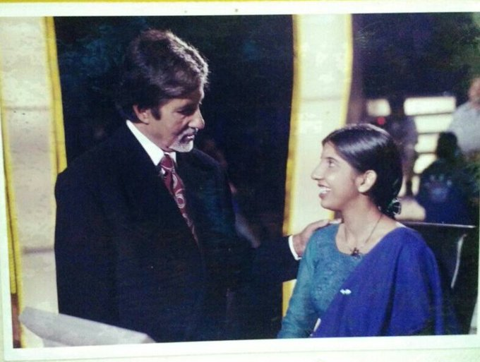 Happy 75th Birthday Mr. Amitabh Bachchan... I can\t forget the day when I met you on 26th Oct 2001...