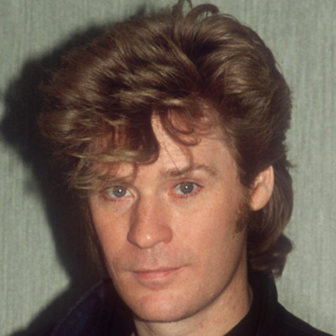 Happy 71st birthday to Daryl Hall ( and his Private Eyes!