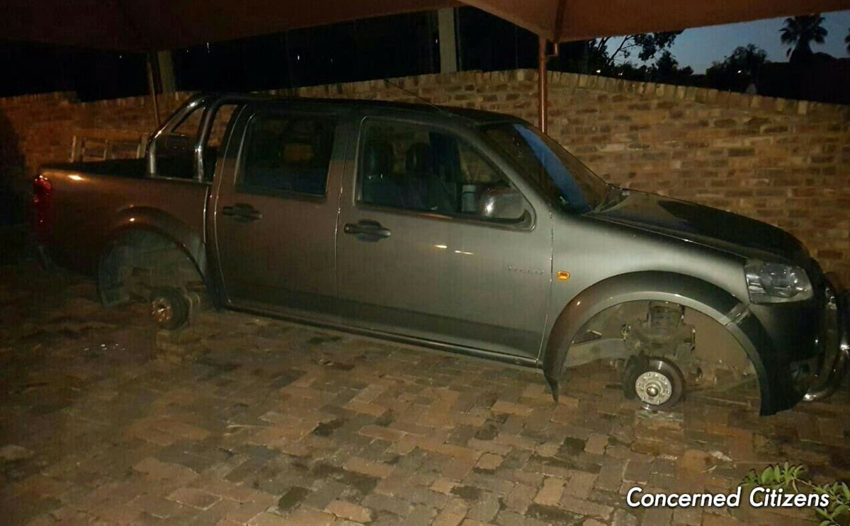 The #black #savages #barbarics now #steal your wheels at night. #SouthAfrica<br>http://pic.twitter.com/rwOzp63Wfb