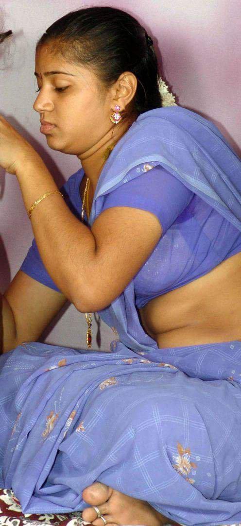 Aunty Hd Nude Boobs Saree Blouse Pics