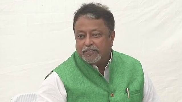 Mukul Roy resigns from Rajya Sabha, keeps suspense about future political move  https://t.co/ndDxlRMmto