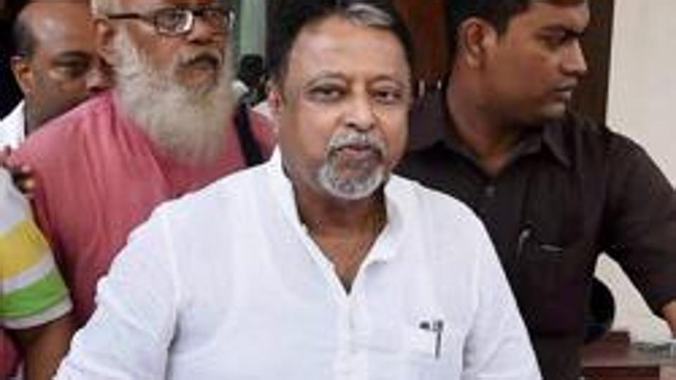 Former leader of Trinamool Congress Mukul Roy quits Rajya Sabha, suspense over his next move https://t.co/LaMtyucB52