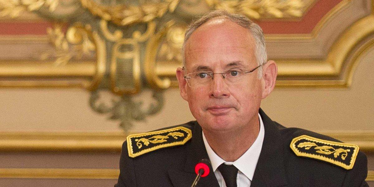 Attaque de Marseille: le préfet qui remplace le préfet du Rhône est celui qui avait prêté sa maison à Macron cet été https://t.co/l9eJne62us