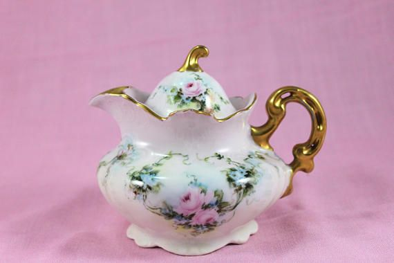 https:// buff.ly/2ygdQY3  &nbsp;   Antique Victoria Austria Creamer with Lid, Antique from 1910s #wiseshopper #tabletop #treasures  #antiquecollectible<br>http://pic.twitter.com/iERZE9CkPS