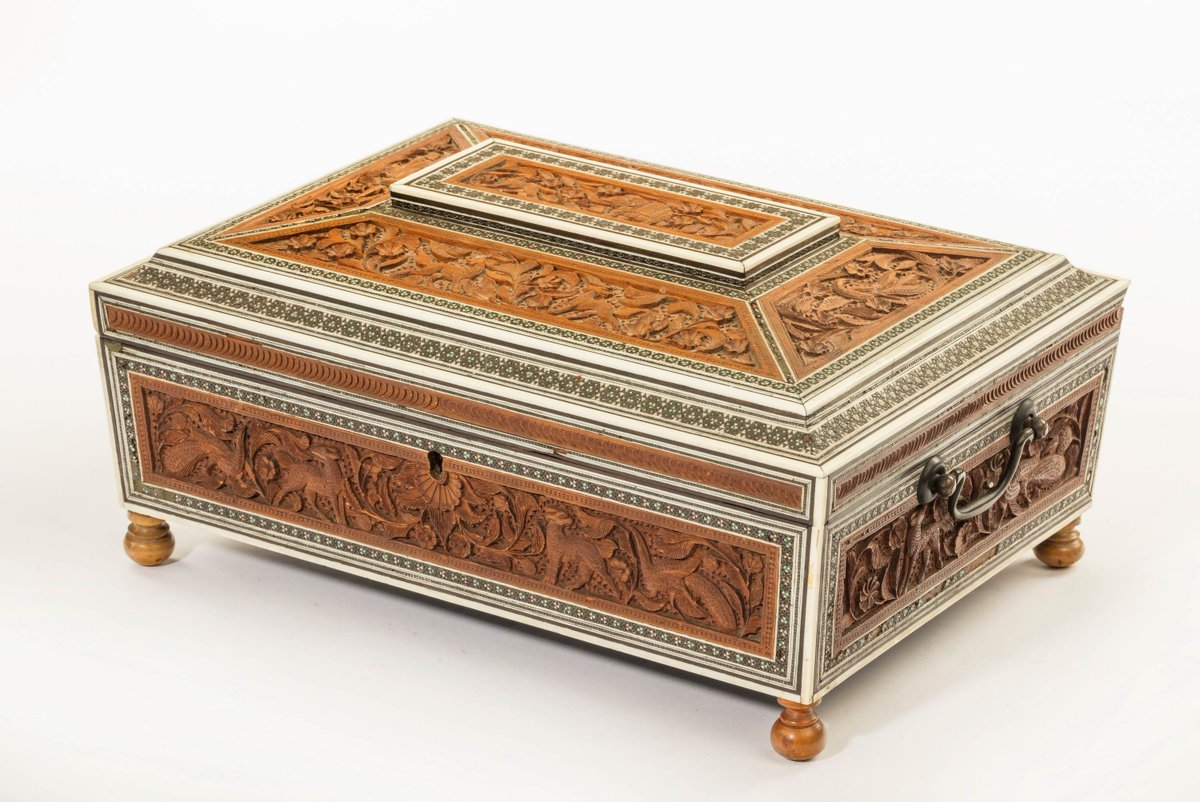 Late 19th century carved bone and sandalwood casket  http://www. windsorhouseantiques.co.uk/stock/d/late-1 9th-century-carved-bone-and-sandalwood-casket/294239 &nbsp; …  #antiques #interiorismo #Luxuryhome #caskett #AntiquesRoadTrip<br>http://pic.twitter.com/PqFkg7I6Xp