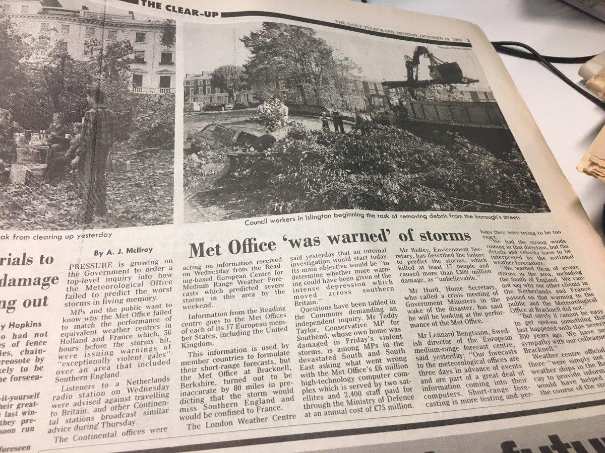 Met Office under fire for not predicting the #greatstormof1987 last Friday. #crashof1987