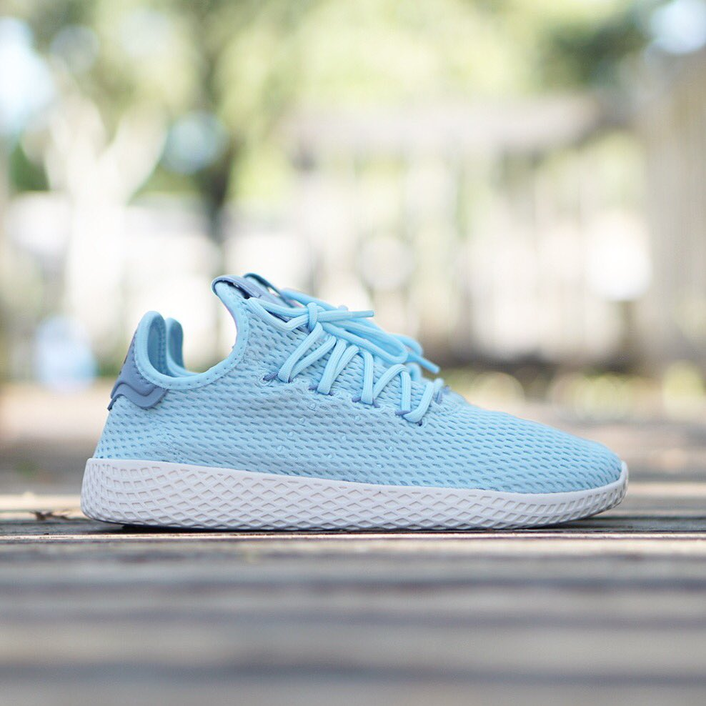 """68a841437b84a Adidas Originals X Pharrell Williams """"PW Tennis HU"""" Ice Blue Now Available  In Store   Online  adidasoriginals  adidasxpharrell  tennishupic.twitter.com   ..."""