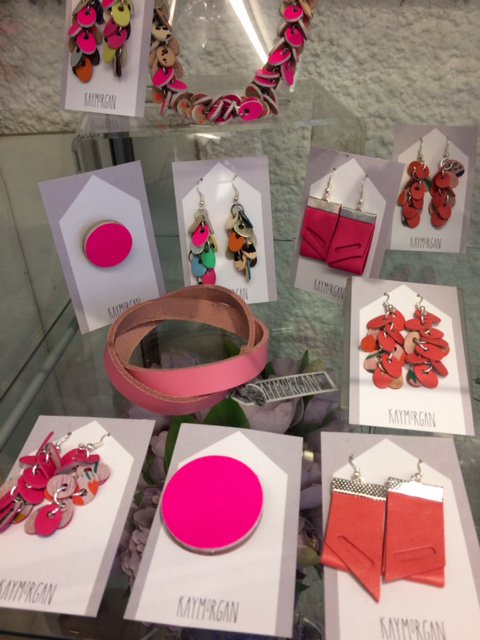 Delicious pinks and oranges #leather #jewellery #handmade @KayMorganPurses #Wales #gifts