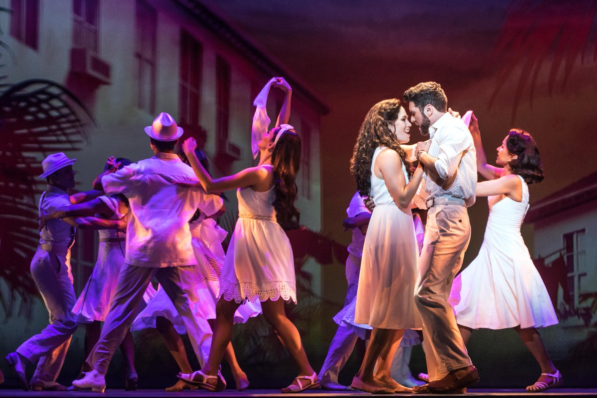 &quot;Get on your feet and make it happen&quot; before @OnYourFeetBway closes this Sunday! Tickets:  http:// bit.ly/oyfmia  &nbsp;   #OnYourFeet <br>http://pic.twitter.com/URDqyuxFSW