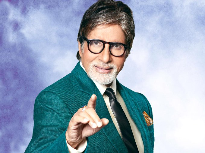 Happy birthday to the great Amitabh bachchan sir.... Tum jio 1000 sal sal k Din ho 50,000