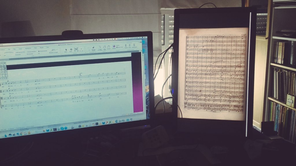 Engraving all afternoon! #work #classicalmusic #sibelius #critical #newedition #orchestra #requiem #bomtempo<br>http://pic.twitter.com/jJGPpol1UN