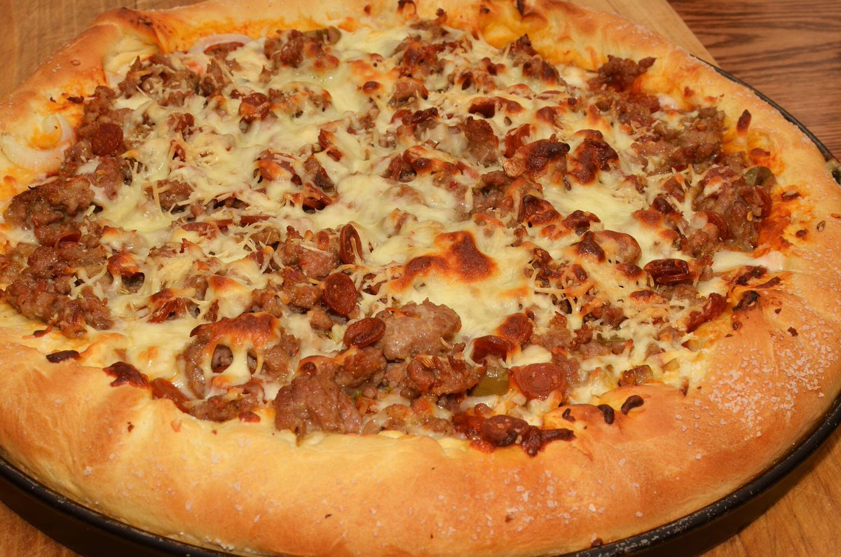 Hello Twitter !!!!!! Today is #NationalSausagePizzaDay  <br>http://pic.twitter.com/O9N9pBVDHb
