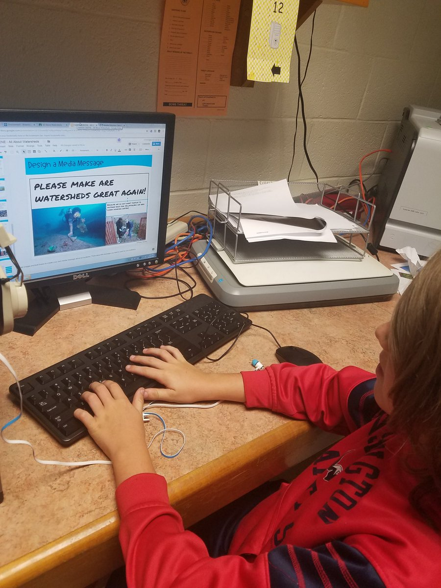 @Hamilton_ES Ss use #GoogleClassroom and create media messages about watersheds #TechEd #Googles #GoogleSlides #lcps18<br>http://pic.twitter.com/bxdwsMigUV