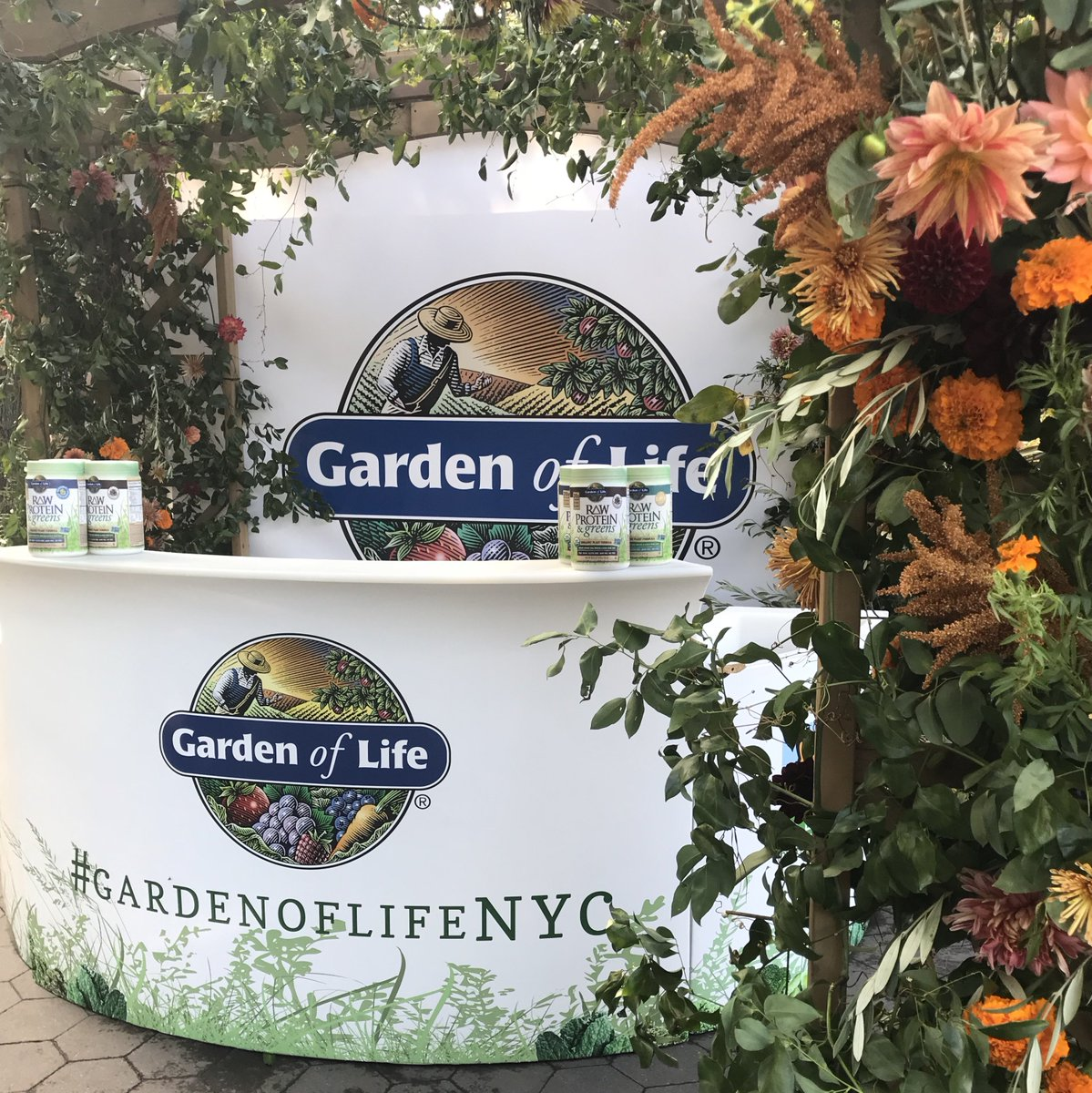 We had a blast at #GardenofLifeNYC with @RobynOBrienUSA and #client @GardenofLiferaw, handing out samples of Raw Organic Protein powder!