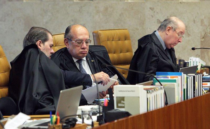 Gilmar Mendes empata julgamento sobre afastamento de parlamentares no STF https://t.co/mvhQlwoOTZ 📷Carlos Moura/STF