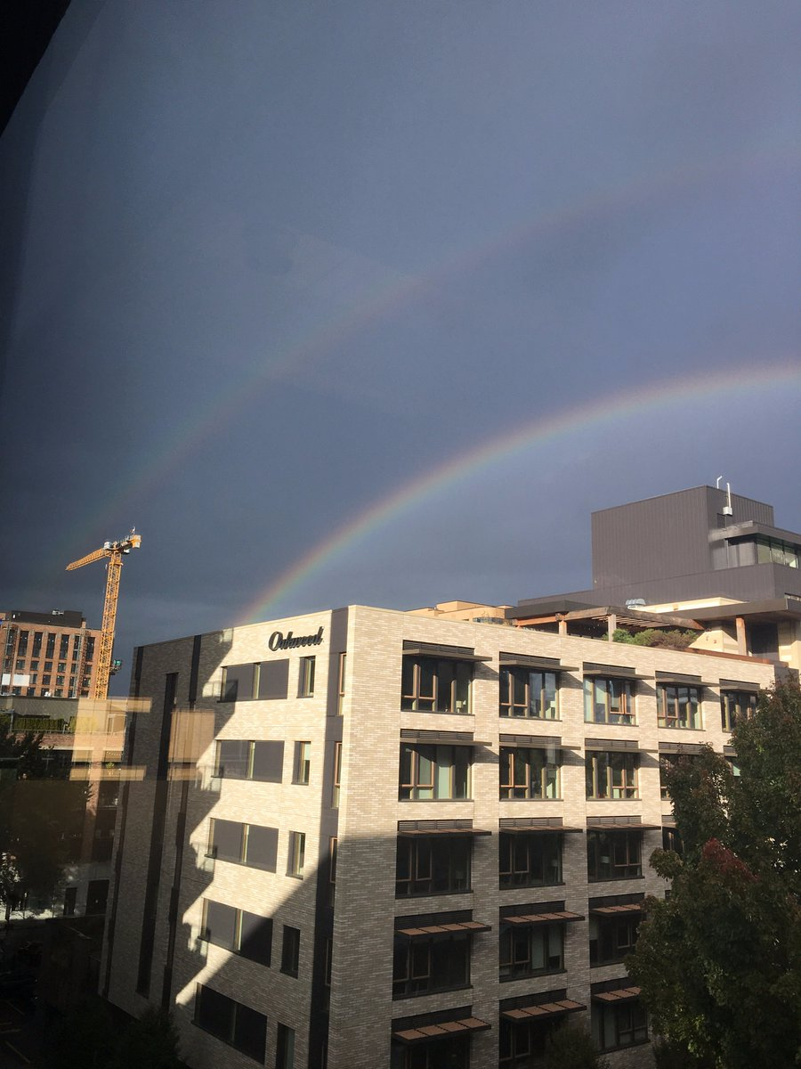 Double rainbow. All the way across the Pearl. #pdxtst <br>http://pic.twitter.com/emYmwimtVI