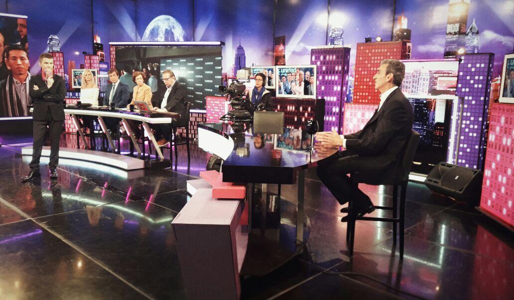 [Ahora] En @Intratablestv con @SANTIAGODELMORO por @AmericaTV 📺 #Mierc...