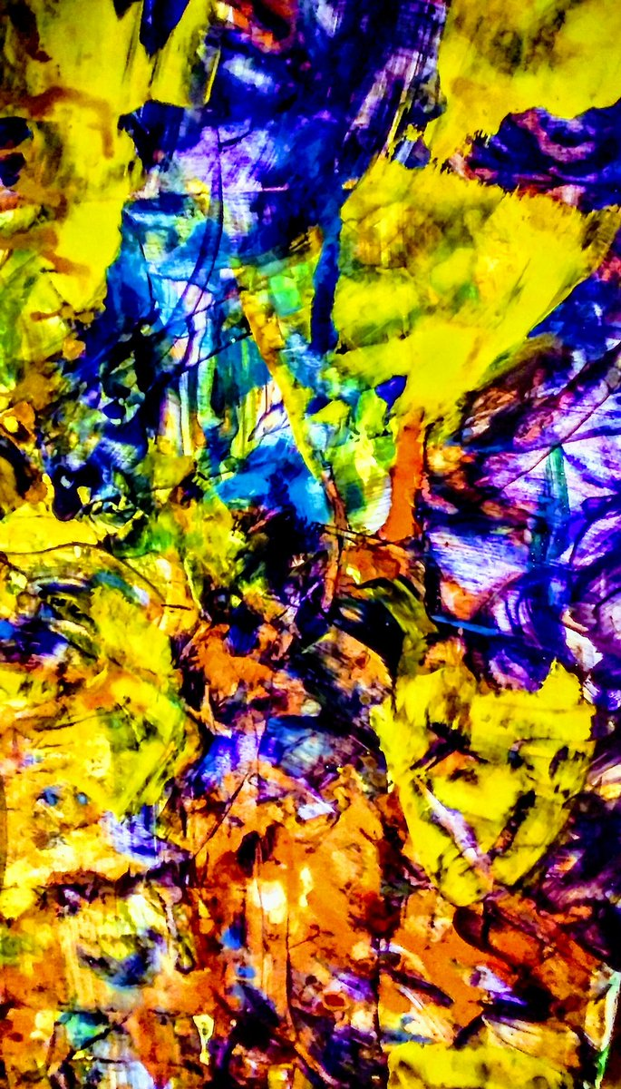 RT @mhall55nine &quot;I Dream In Colors! #granddesigns #ComingOutDay #abstractpainting #acrylics #watercolours <br>http://pic.twitter.com/8FH1d5chml &quot;