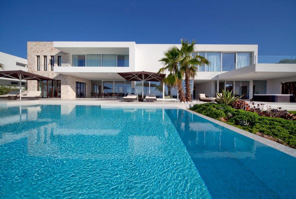 Altamimi eng altamimi2 twitter for Fotos de casas grandes con piscina