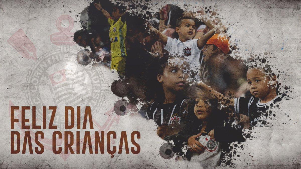 Um feliz Dia das Crianças para todos os pequenos torcedores do #Timão! 👦🏿👧🏽👶🏻  #DiaDasCrianças #VaiCorinthians
