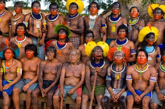 A 525 años de resistencia indígena, salu...