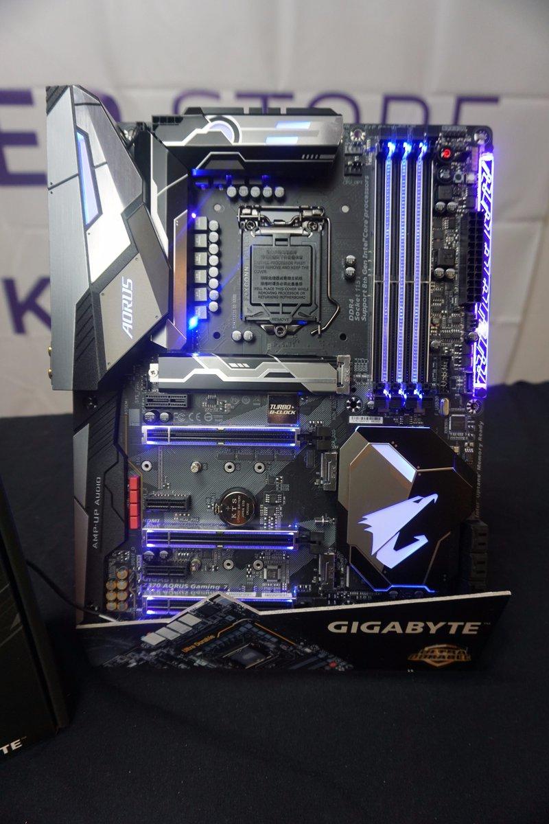 La nuova Z370 Gaming 7 marcata @GIGABYTE_GBT è da oggi disponibile in  negozio! Passate a trovarci! #PCGaming #romapic.twitter.com/LSCNwypKcH